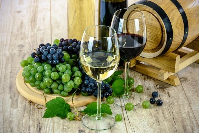 Weinfass Wein Winzer Pixabay